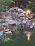 kerti tó csobogó sziklakert - 576x768 pixel - 176637 byte