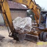 Sziklakert építés gépi földmunka gépiföldmunka tereprendezés árokásás termőföld szállítás - 1024x683 pixel - 340476 byte